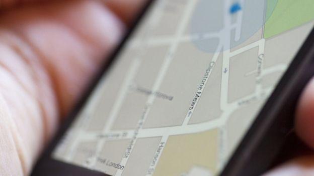 Mapa é mostrado na tela do celular