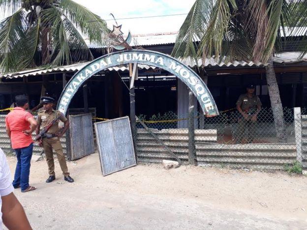 கிழக்கு இலங்கையில் உள்ள பள்ளிவாசல் மீது பெட்ரோல் குண்டு தாக்குதல்