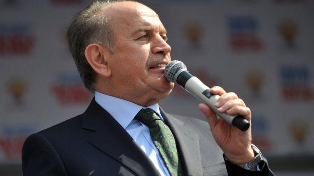 Kadir Topbaş, geçtiğimiz günlerde İstanbul Büyükşehir Belediye Başkanlığı görevinden istifa etmişti.