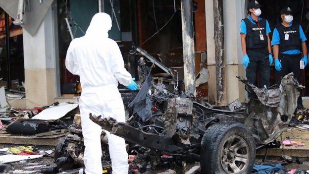 ซากจากแรงระเบิดที่บิ๊กซีปัตตานี