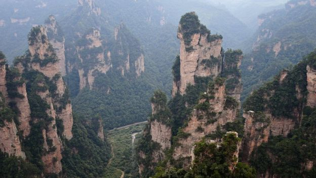 Montañas del parque natural de Zhangjiajie, en China.