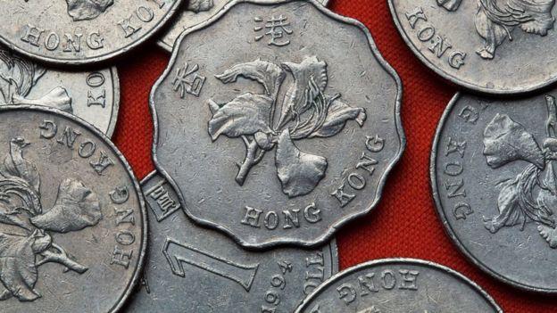 Hoa phong lan Hong Kong cũng được in trên các đồng tiền xu của vùng đặc khu hành chính này