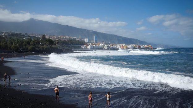 Praia nas Ilhas Canárias