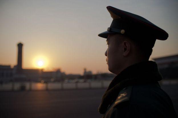 《新京报》指,北京是全国政治、文化、科技和国际交往中心,是间谍活动的首选地。