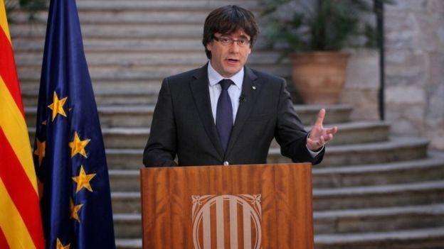 Carles Puigdemont menyerukan sikap