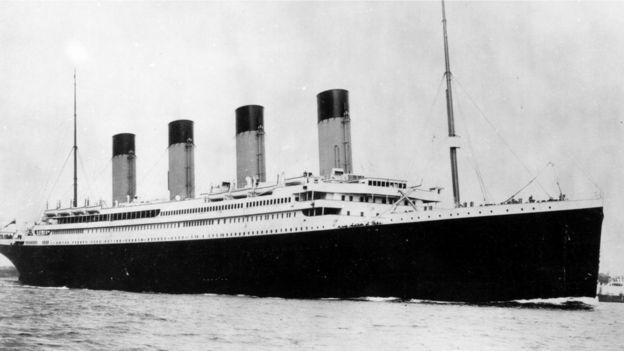 泰坦尼克号处女航