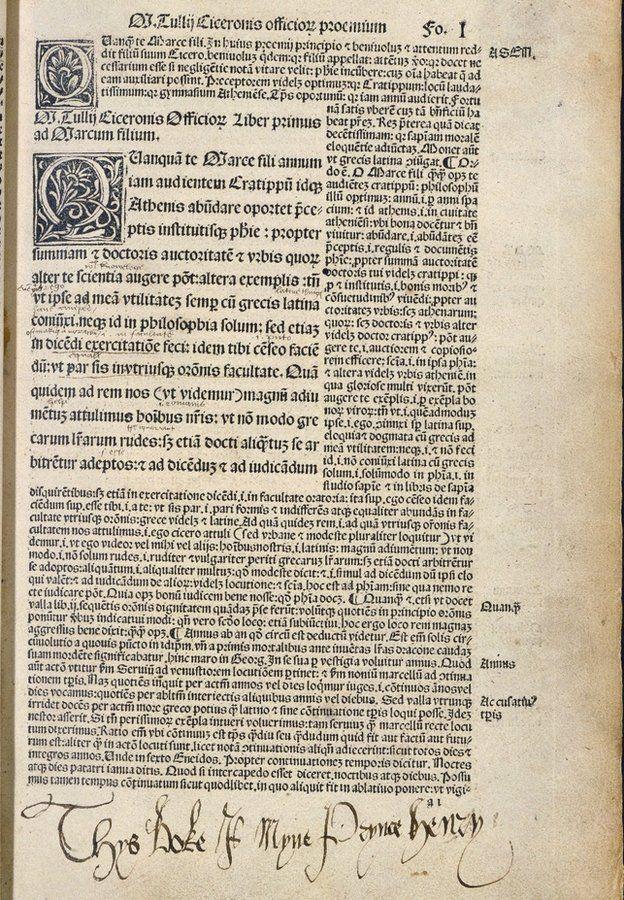 """Copia de """"De oficios"""" de Cicerón que le perteneció a Enrique VIII, como escribió él mismo en la parte inferior: """"Este libro es mío príncipe Enrique""""."""