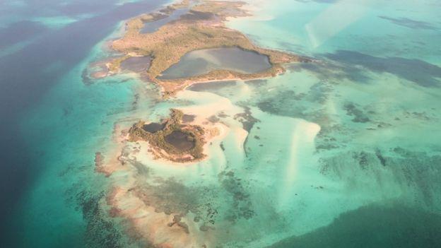 Vista aérea de Los Roques.