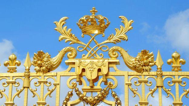 Reja del palacio de Versalles.