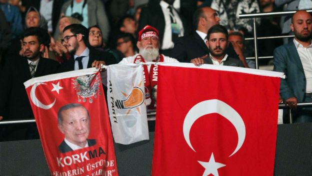 AKP destekçisi