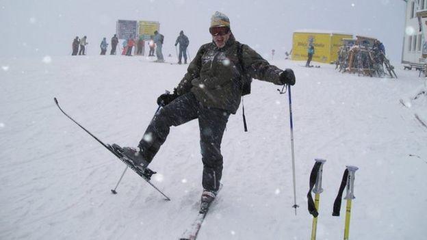 Noel skiing
