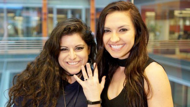 Bria Kam y Chrissy Chambers