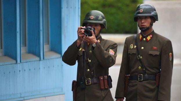 Soldados de Corea del Norte