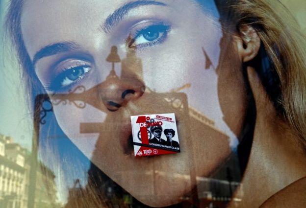 تبلیغ روز جهانی کارگر روی یک بیلبورد عظیم در مادرید