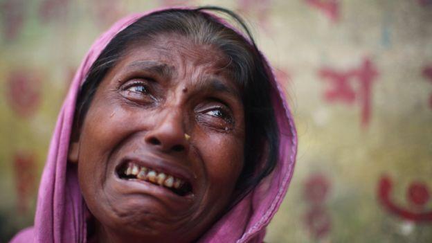 [Imagem: _99206211_rohingya.jpg]