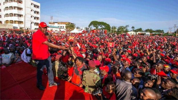Uhuru Kenyatta waxa uu tartamayaa markii labaad in uu madaxweyne noqdo