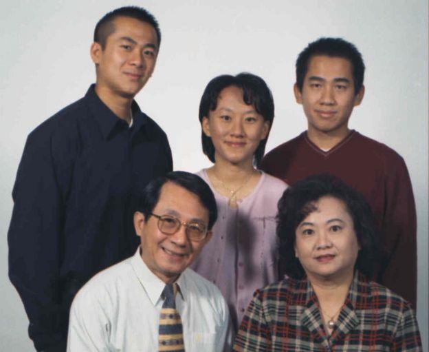 Ông Chang Hsien-yi và gia đình tại Mỹ năm 1995