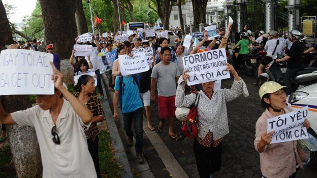 Biểu tình phản đối Formosa ở Hà Nội hôm 1/5/2016