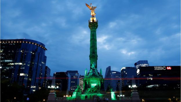 Angel of Independence monument, Mexico City, lit up green