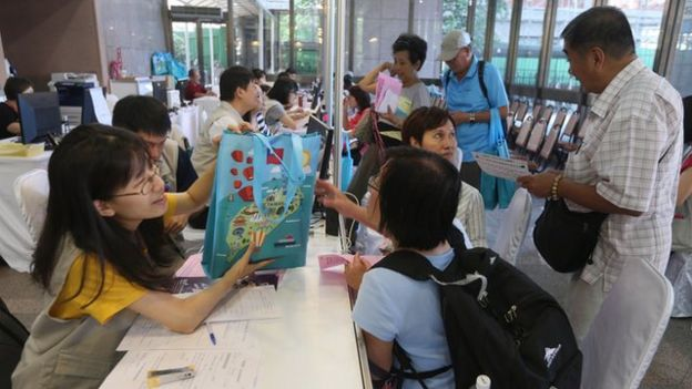 今年返台參加雙十節慶典的僑民人數約為5000人,僑委會稱這個數字高過以往。
