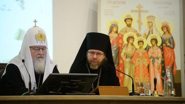 Патриарх Кирилл и епископ Тихон на конференции по