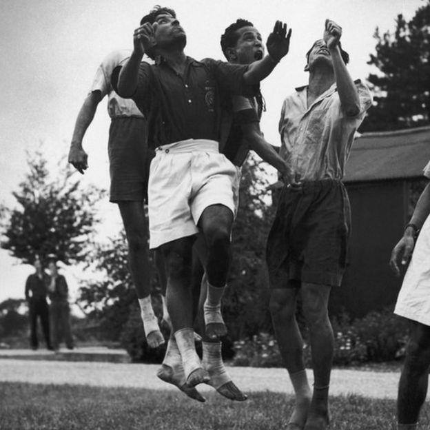 Индийские футболисты, 1948 год