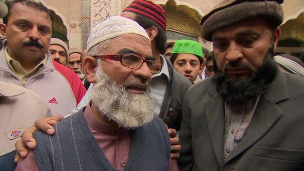 El padre de Zainab, Ameen Ansari