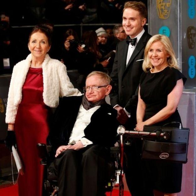 Hawking cmn sua família
