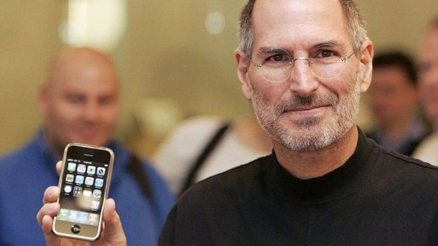 Steve Jobs waxa uu ahaa ninkii asaasay shirkadda Apple
