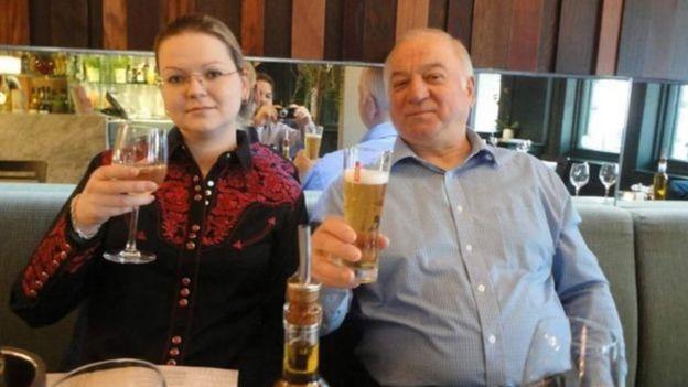 Sergey Skripal və qızı Yuliya