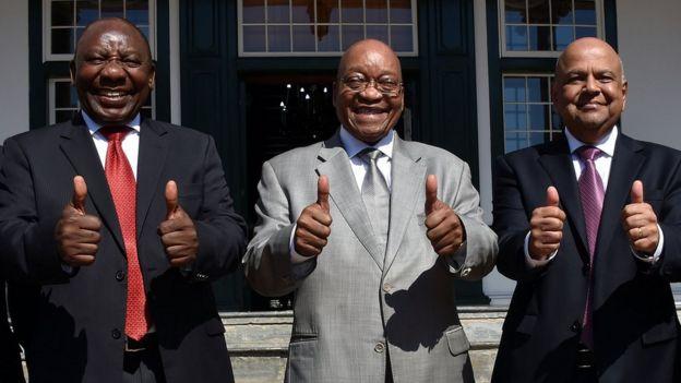 Cyria Ramaphosa, Jacob Zuma and Pravin Gordhan with their thumbs up