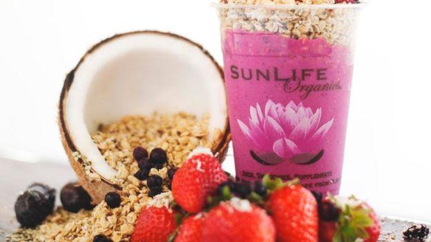 Bebida com cereais da SunLife Organics