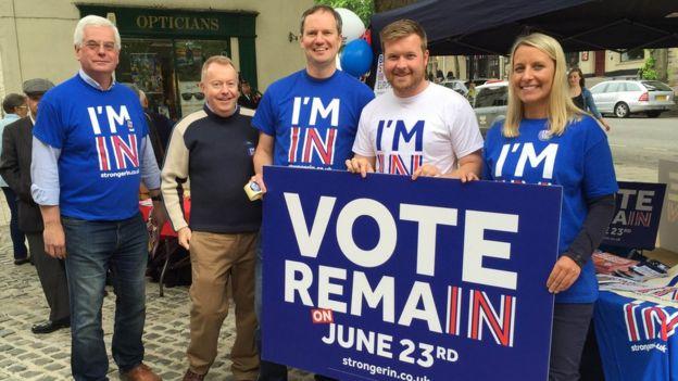EU referendum: Campaigners battle in David Cameron's Witney ...