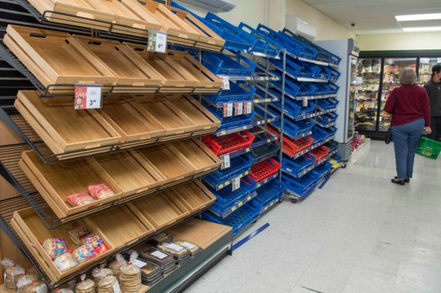 Empty shelves in the bread aisle at the Four Square Hanmer Springs after the 7.8 magnitude Hanmer Earthquake, in Christchurch, New Zealand, Monday, 14 November 2016.