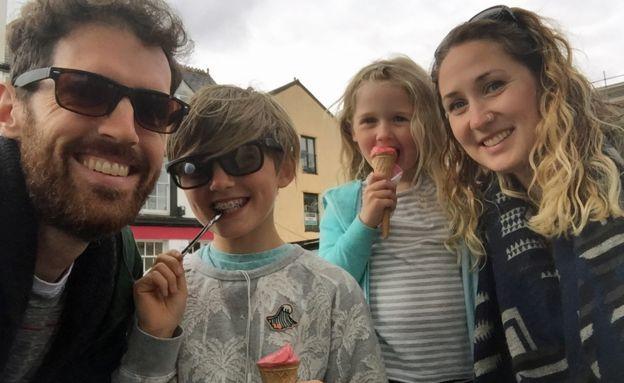 Lucie y su familia.