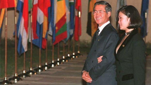 Alberto y Keiko Fujimori en 1994.