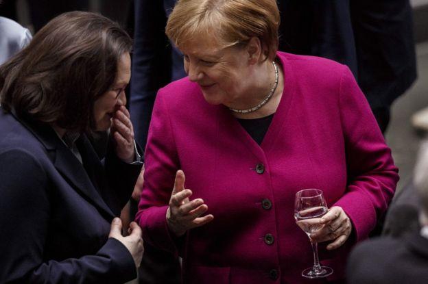 Andrea Nahles ve Angela Merkel