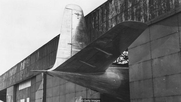 Chiếc Comet lần đầu tiên được đưa ra khỏi nhà kho ở gần Hatfield, bắc London, hồi năm 1949