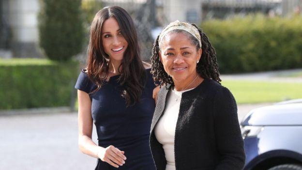 Meghan Markle e sua mãe Doria Ragland