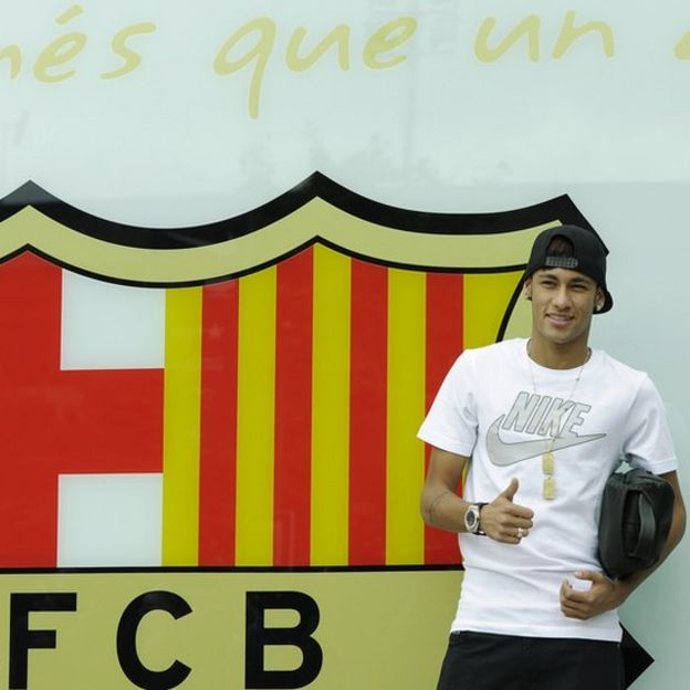 Neymar presentado por el Barcelona en 2013.