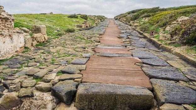 Camino antiguo romano