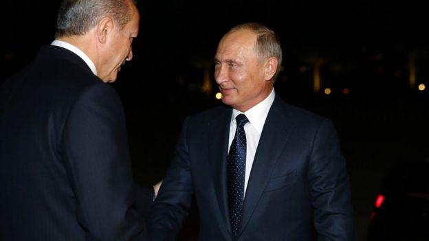 Erdogan junto al presidente ruso, Vladimir Putin