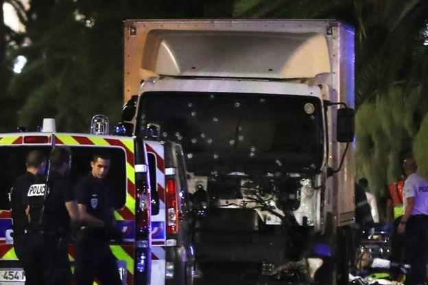 El atropello masivo, como el de Niza, se ha convertido en el nuevo modus operandi de Estado Islámico.