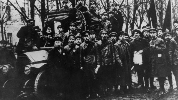 Ejército Rojo en Petrogrado
