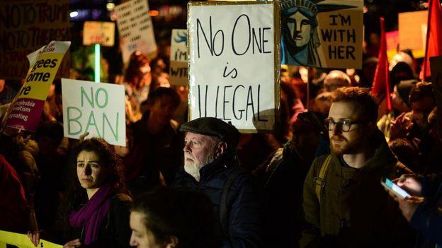 Protesta contra la prohibición de Trump.