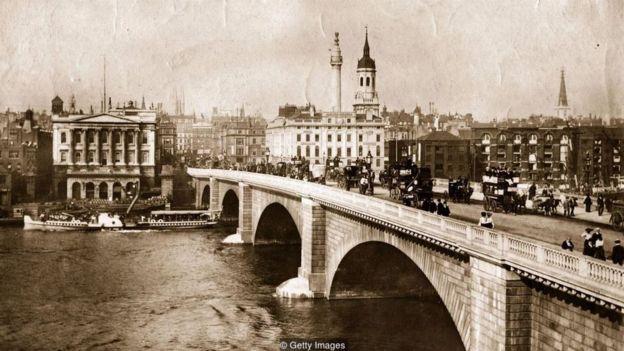 Vụ hỏa hoạn lớn ở London đã mở đường cho một thế hệ mới các công trình công cộng