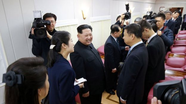 Kim Jon-un in a picture with the president of China Xi Jinping.