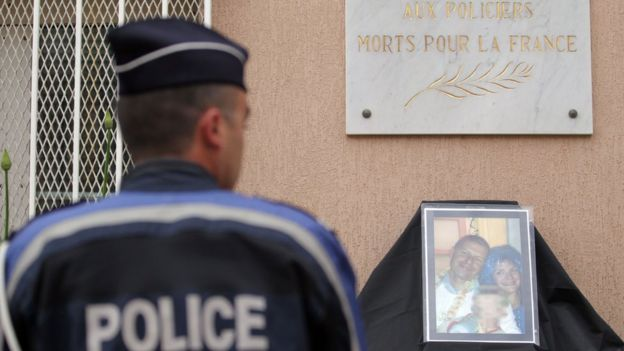 Ato contra EI na França