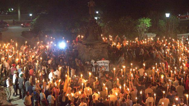 راهپیمایی افراد معتقد به برتری نژاد سفید