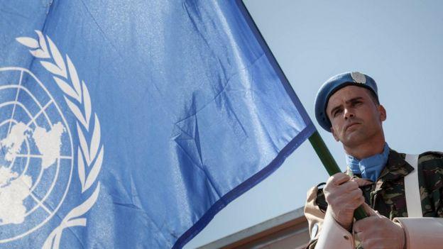 پرچم سازمان ملل 'دیگر برای صلحبانان ایمنی نمیآورد'